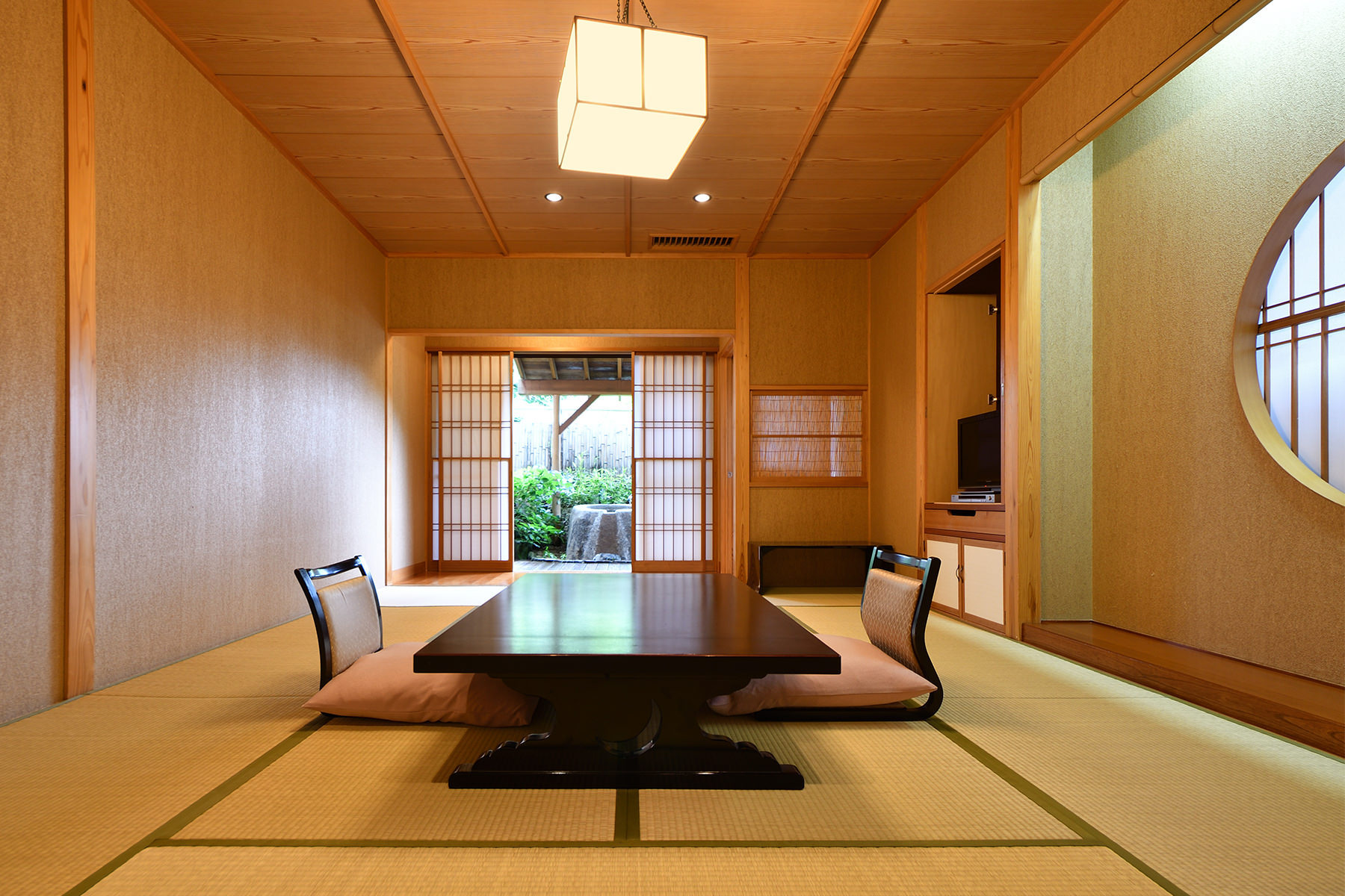 山王院-桜-和室