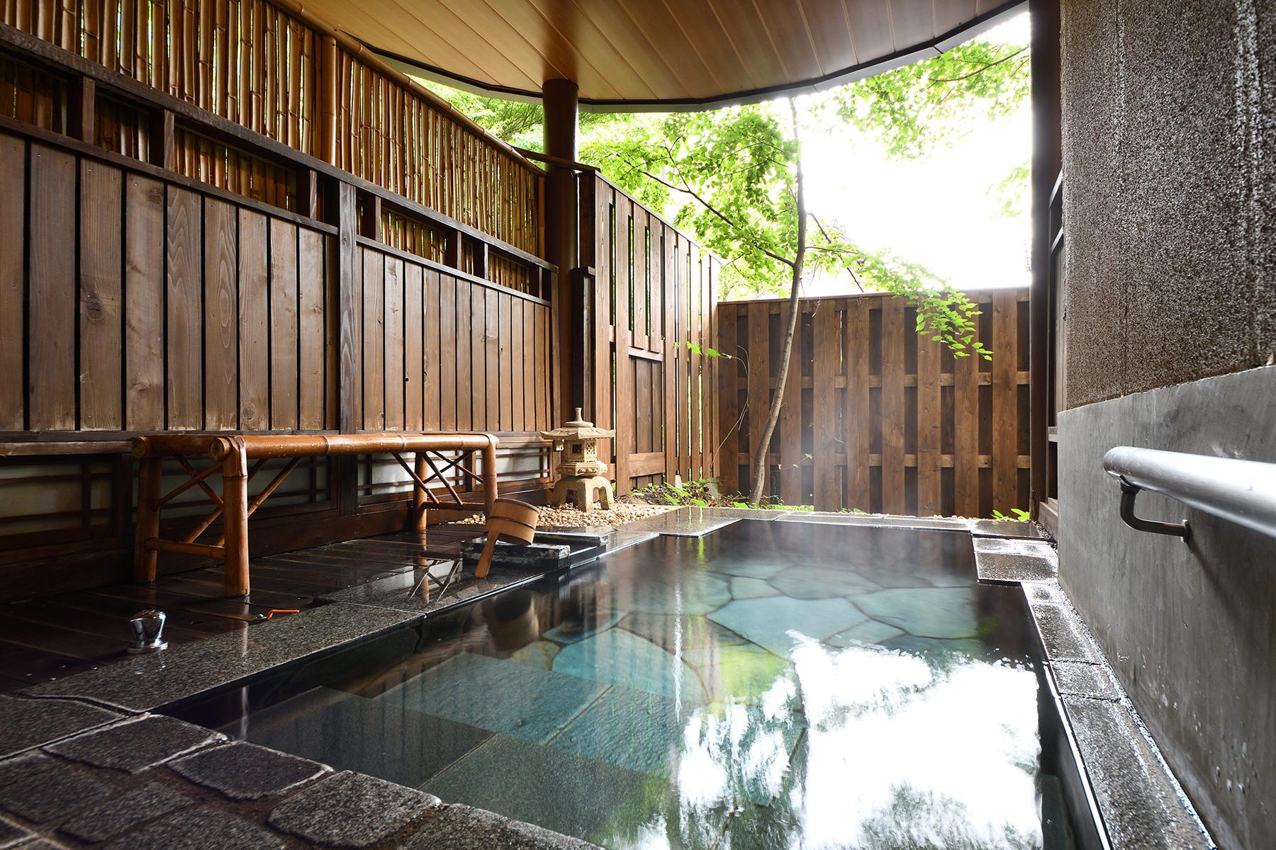 客室風呂-3